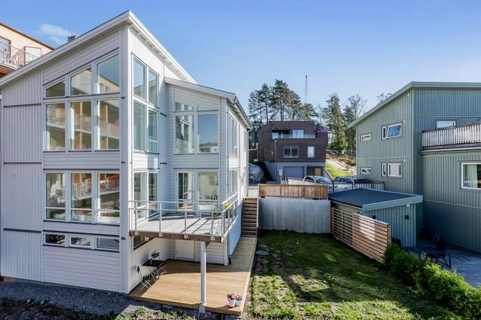 Bild: 5 rum villa på Forskningsringen 60, Sundbybergs kommun Ursvik