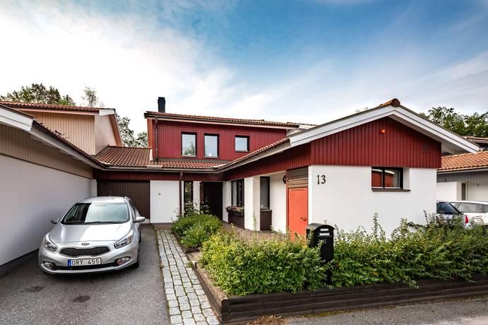 Bild: 5 rum villa på Orgelvägen 13, Järfälla kommun Viksjö