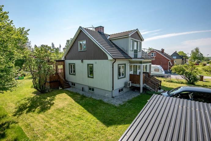 Bild: 5 rum villa på Parkvägen 24, Köpings kommun Hagen (Kolsva)