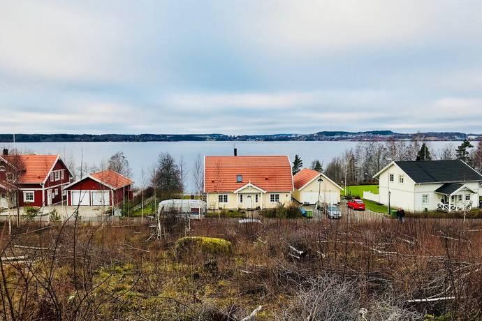 Bild: tomt på Södra Parvägen 5, Karlskoga kommun