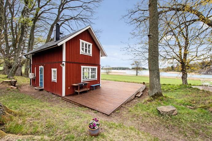 Bild: 2 rum fritidshus på Sund 20, Södertälje kommun Hölö