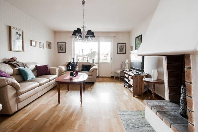 Bild: 2 rum bostadsrätt på Tegnérvägen 15B, Karlskoga kommun Karlberg