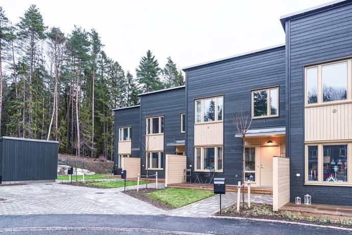 Bild: 5 rum radhus på Fornbyvägen 24, Sundbybergs kommun Brotorp