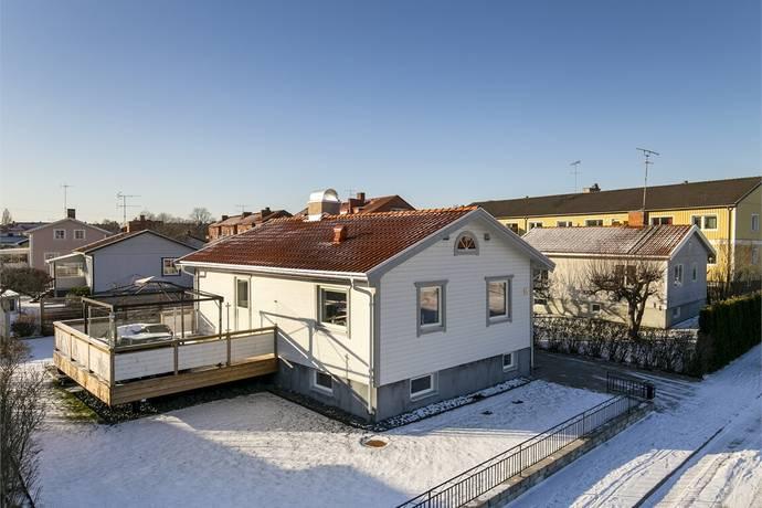 Bild: 4 rum villa på Rosenbergsgatan 15, Eskilstuna kommun Östermalm