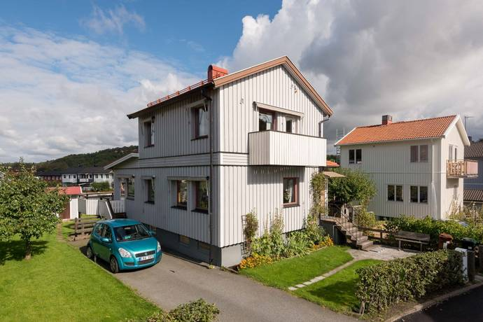 Bild: 5 rum villa på Lerlyckegatan 5, Göteborgs kommun Hisingen Tolered
