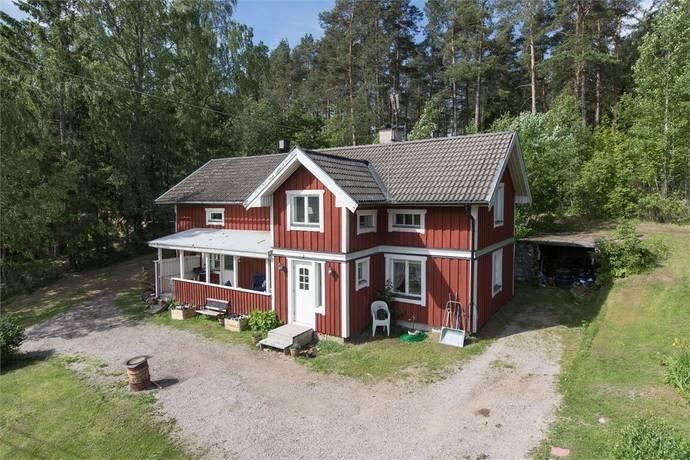 Bild: 6 rum villa på Grusbanan 87, Heby kommun Heby