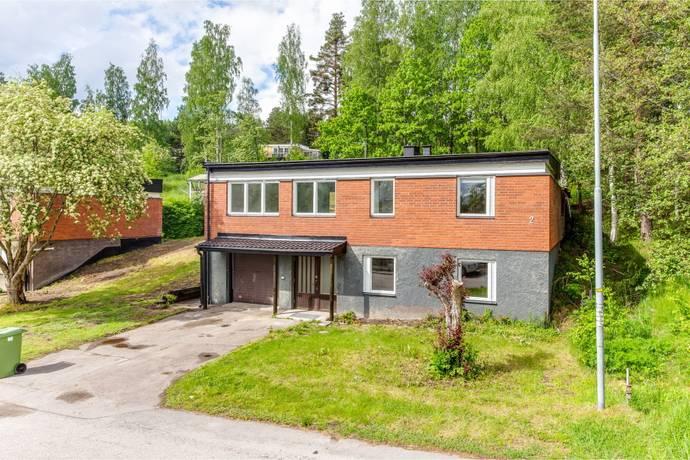 Bild: 5 rum villa på Lyrvägen  2, Smedjebackens kommun SMEDJEBACKEN Öhmans Hage