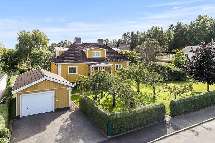 Bild: 5 rum villa på Solbergsvägen 5, Partille kommun Sävedalen