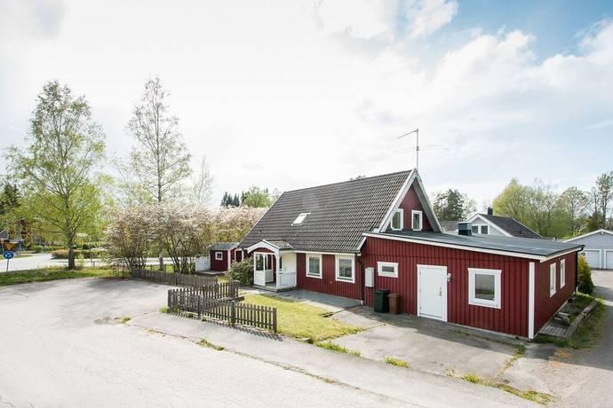 Bild: 10 rum villa på Hantverkaregatan 27, Degerfors kommun Strömtorp