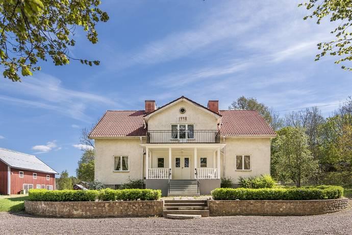Bild: gård/skog på Stora Eke 1, Söderköpings kommun