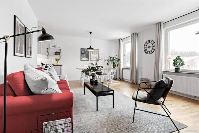 Bild: 3 rum bostadsrätt på Källtorpsvägen 6, Täby kommun Näsbypark