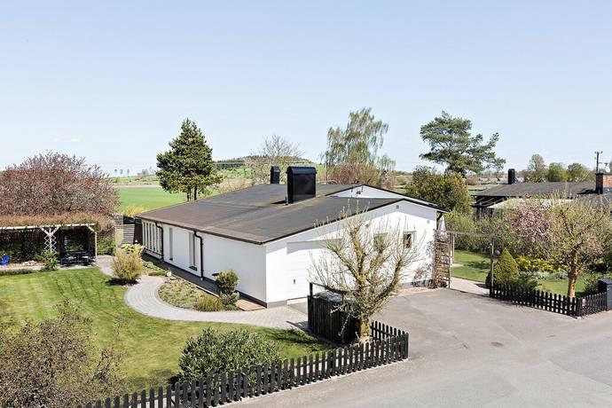 Bild: 5 rum villa på Egnahemsvägen 11, Kristianstads kommun Fjälkinge