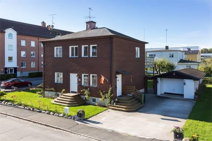 Bild: 4 rum villa på Gränsgatan 26, Kristianstads kommun Vilan, Odal