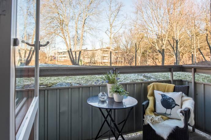 Bild: 1 rum bostadsrätt på Ormingeringen 48A, Nacka kommun Orminge