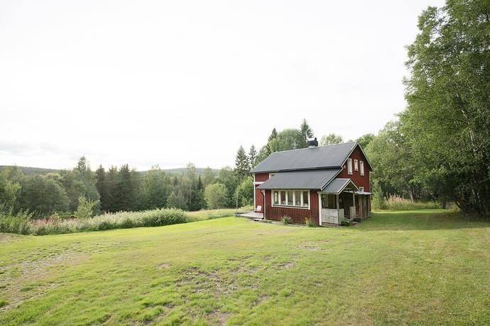 Bild: 4 rum gård/skog på Sanna 245, Timrå kommun