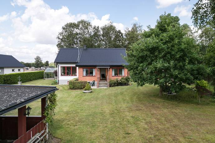 Bild: 3 rum villa på Norra Vombsvägen 16, Lunds kommun Vomb