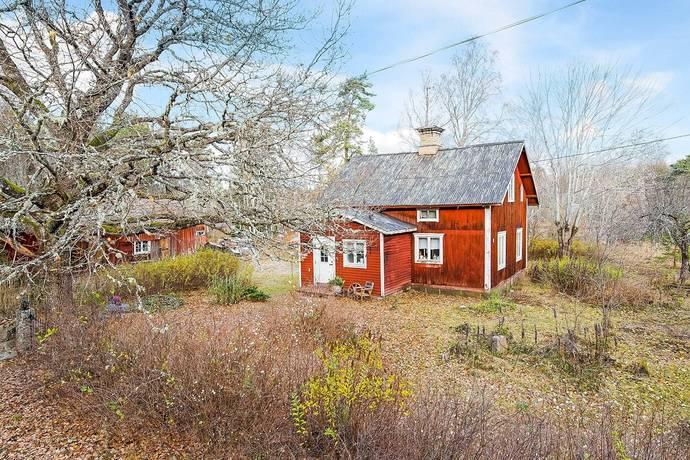 Bild: 4 rum villa på Vallby 247, Tierps kommun Lantligt Tierp-Tobo