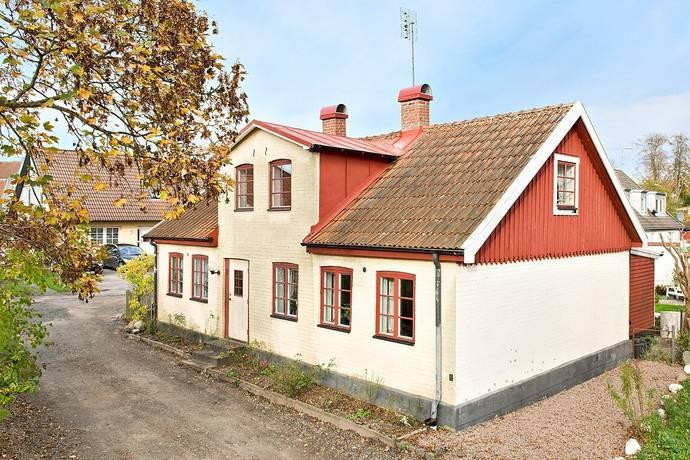Bild: 5 rum villa på Lädergatan 2, Ystads kommun Löderup
