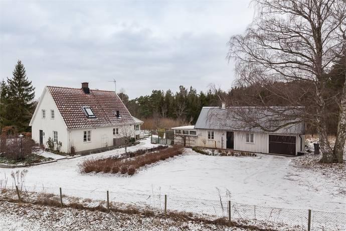 Bild: 6 rum villa på Tre Gretors väg 13, Kristianstads kommun Färlöv