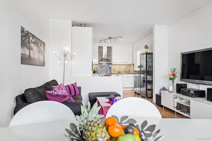 Bild: 4 rum bostadsrätt på Ringvägen 10, 1 tr, Upplands-Bro kommun Kungsängen centrum