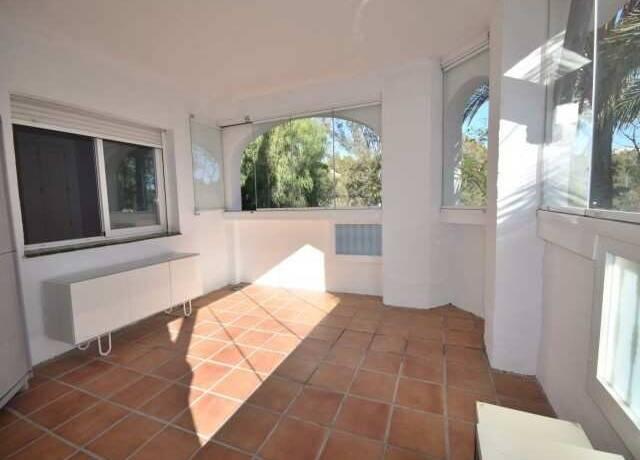Bild: 3 rum bostadsrätt på A18 Nueva Andalucia,  Puerto Banus, Spanien MARBELLA   NUEVA ANDALUCIA  COSTA DEL SOL