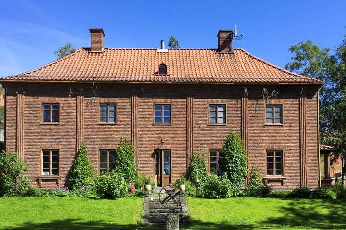Bild: 11 rum villa på Thoméegränd 1, Östersunds kommun Centralt
