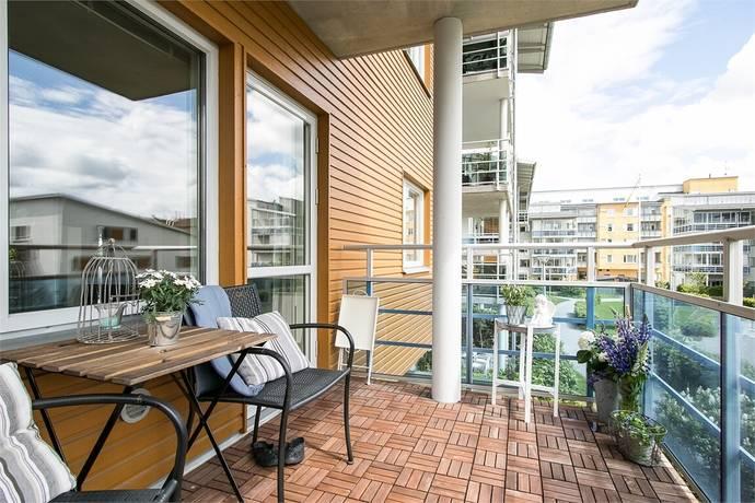 Bild: 2 rum bostadsrätt på Landbotorpsallén 11, Örebro kommun Ladugårdsängen