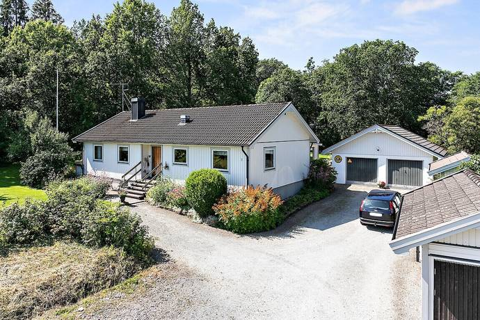 Bild: 6 rum villa på Balkeröd 2, Tjörns kommun Hakenäset