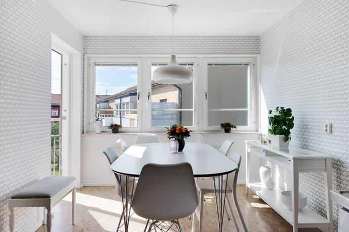 Bild: 4 rum bostadsrätt på Agnesborgsvägen 12, Vänersborgs kommun Onsjö