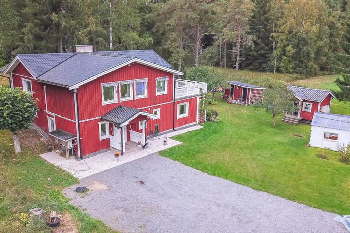 Bild: 5 rum villa på Västra Hållstavägen 67, Norrtälje kommun Hökmossen
