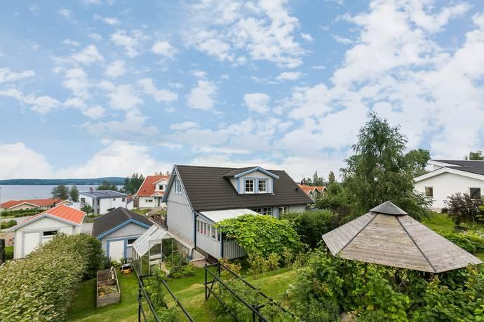 Bild: 6 rum villa på Backtorpsvägen 3, Nora kommun Stensnäs
