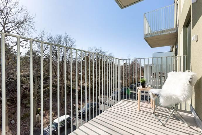 Bild: 1 rum bostadsrätt på Snörmakarvägen 35B, 3 tr, Stockholms kommun Bromma Brommaplan