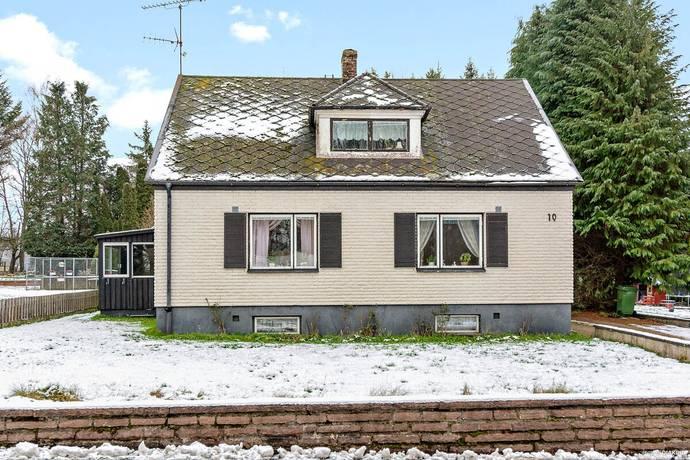 Bild: 4 rum villa på Stenebergsvägen  10, Sjöbo kommun Vollsjö