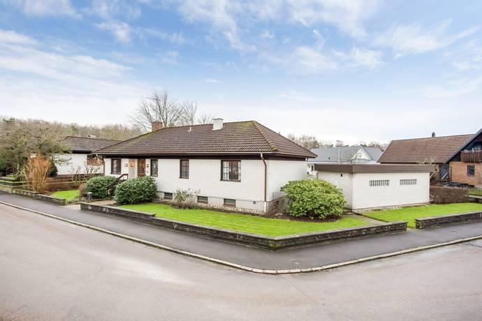 Bild: 4 rum villa på Tranebergsgatan 42, Varbergs kommun Tranelyckan
