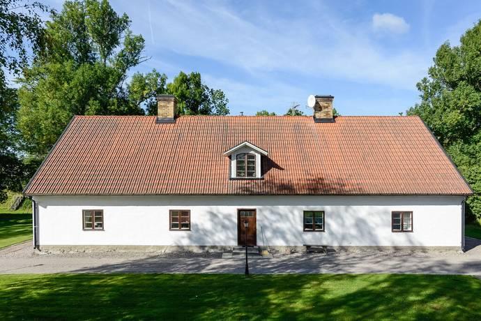 Bild: villa på Domarbovägen 5, Tierps kommun STRÖMSBERGS BRUK