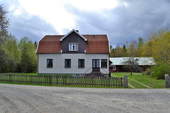 Bild: 185 m² gård/skog på Östra Stamphult 105, Emmaboda kommun Stamphult