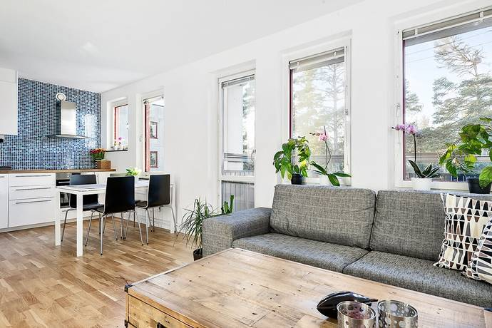 Bild: 1,5 rum bostadsrätt på Ornövägen 30, Nacka kommun Västra Orminge