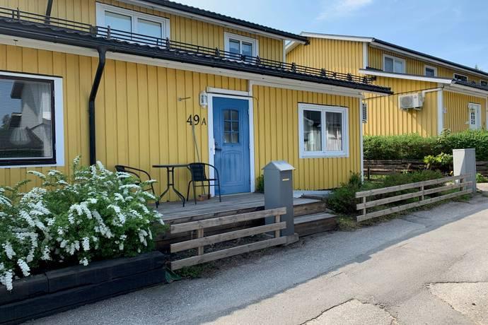 Bild: 5 rum radhus på Kalvdansvägen  49A, Sandvikens kommun Vallhov