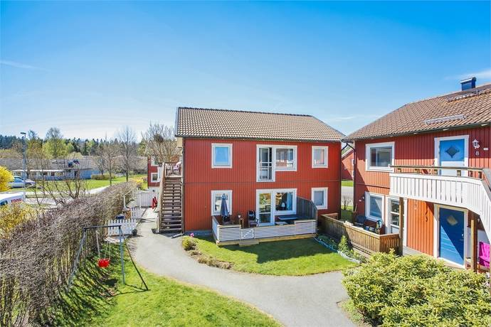 Bild: 4 rum bostadsrätt på Kosmosgränd 2, Järfälla kommun Skälby