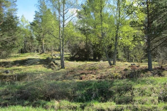 Bild: tomt på Råsdal, Loftahammar, Västerviks kommun Loftahammar
