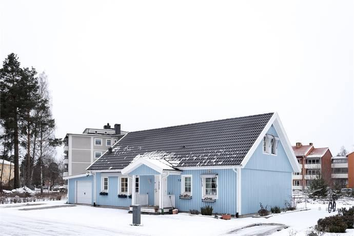 Bild: 6 rum villa på STOCKVÄGEN 12, Surahammars kommun