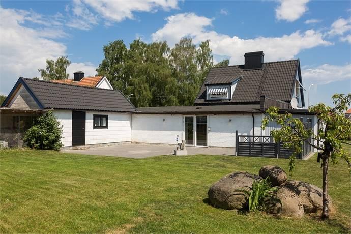 Bild: 6 rum villa på Gilberts väg 1, Kristianstads kommun Vä