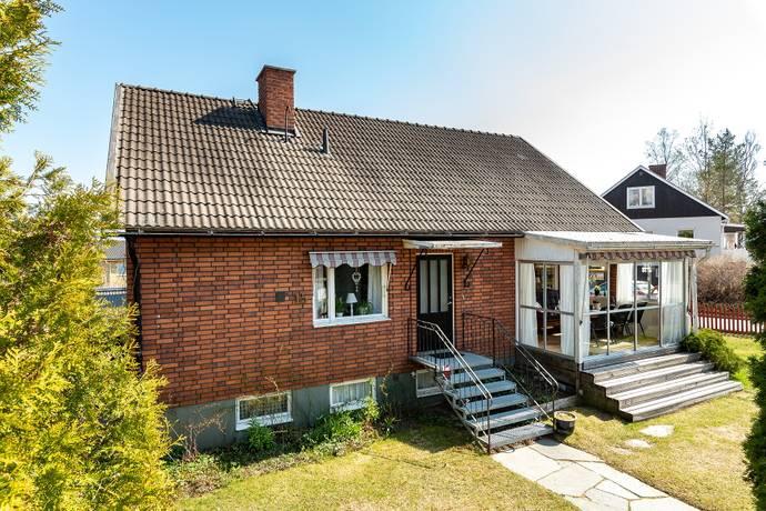 Bild: 6 rum villa på Stationsvägen 15, Nordanstigs kommun Centrala Bergsjö