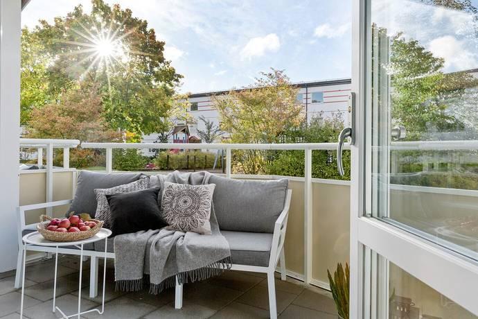 Bild: 1 rum bostadsrätt på Tvillingarnas Gata 313B, Haninge kommun Brandbergen