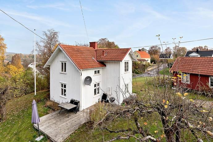 Bild: 3 rum villa på Åsgatan 2, Marks kommun Kinna
