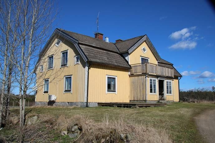 Bild: gård/skog på Ingelstads nöbbele 4, Växjö kommun