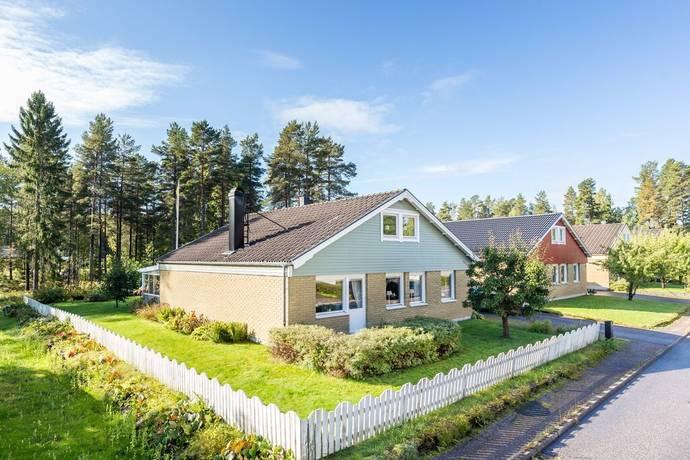 Bild: 6 rum villa på Skvattramsvägen 27, Gävle kommun Sätra