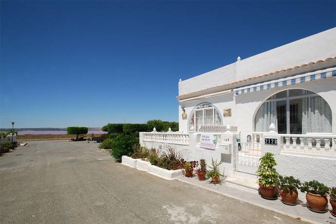 Bild: 3 rum radhus på Mysigt radhus med privat takterrass i La Siesta - Torrevieja, Spanien Torrevieja - Torrevieja
