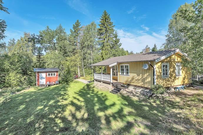 Bild: 3 rum villa på Rotholmahöjden 10, Norrtälje kommun Herräng Bredsund