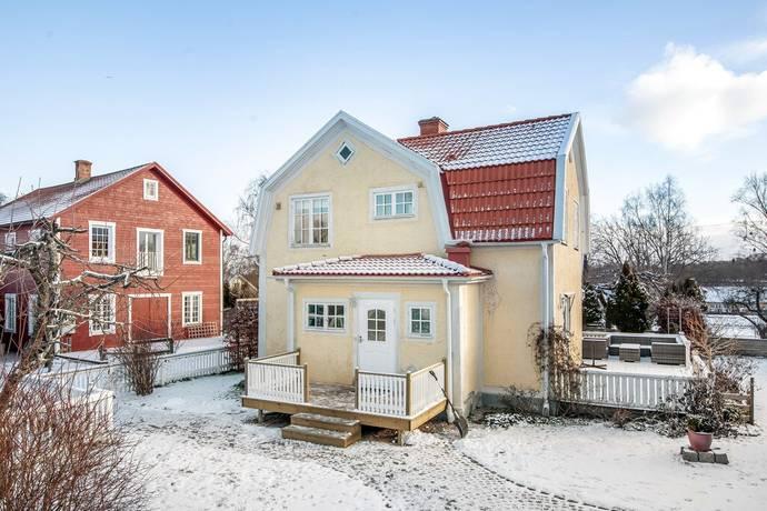 Bild: 13 rum villa på Carlsundsgatan 8A, Motala kommun Borenshult